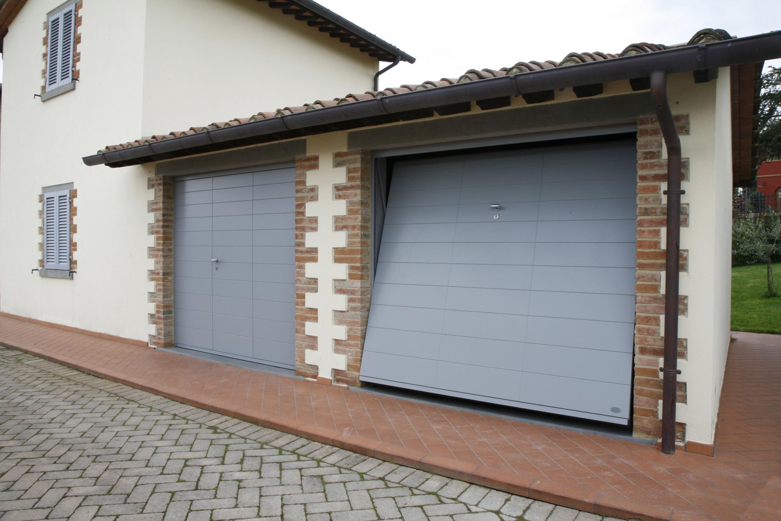 cambio destinazione d'uso da garage in appartamento abitazione ancona